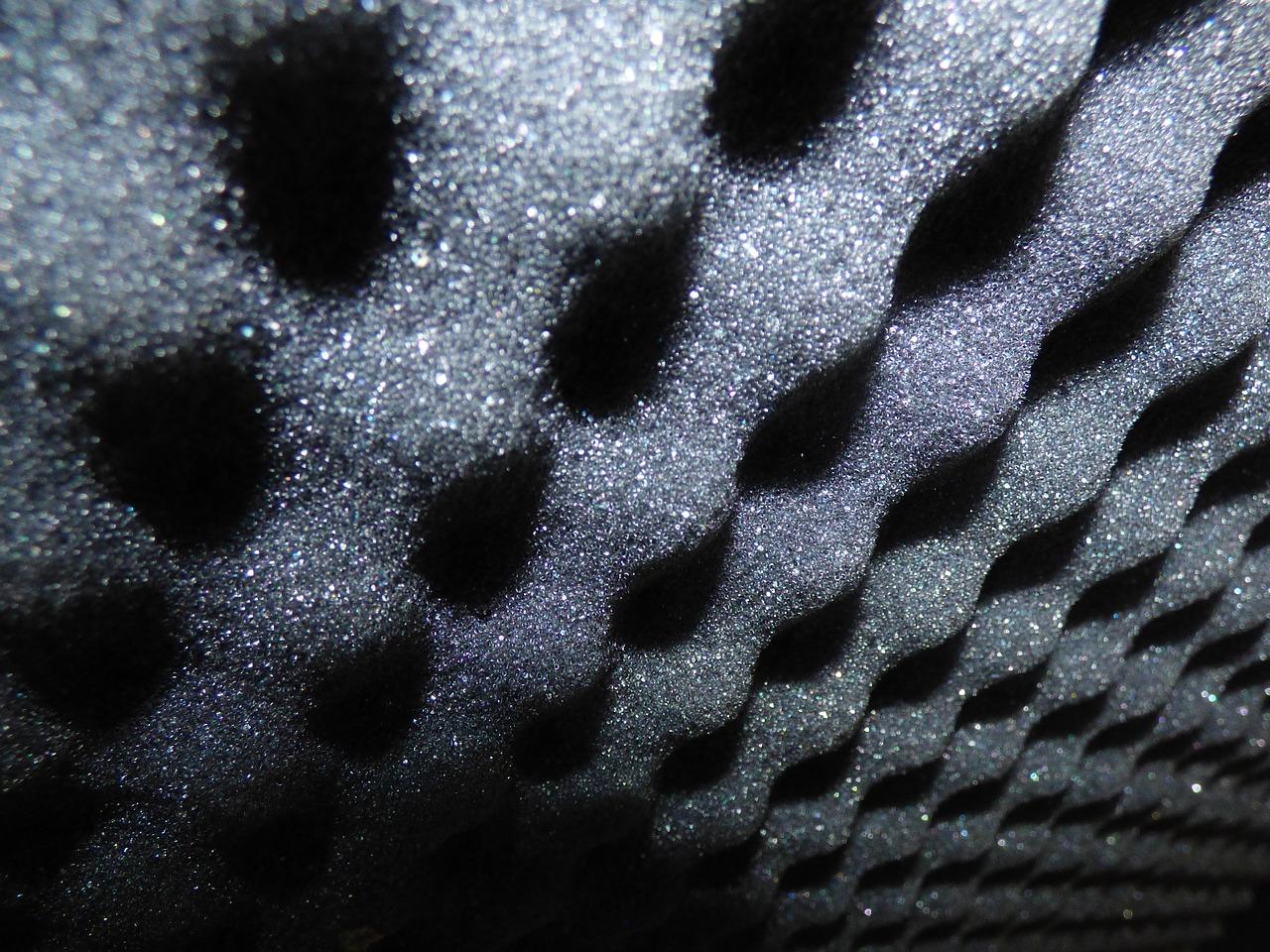 Ako zabezpečiť akustickú izoláciu bytu?