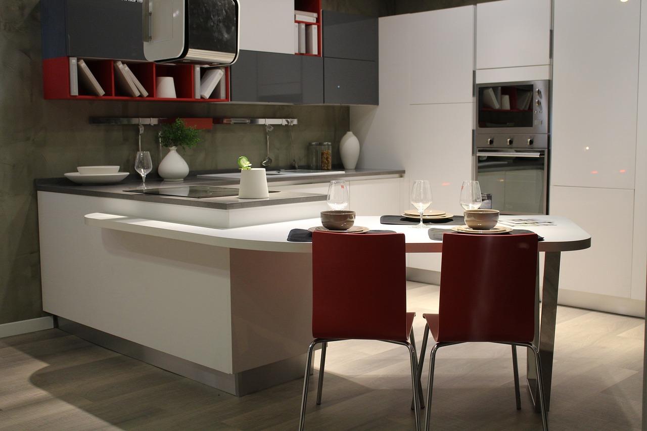 Zariaďte si praktickú a modernú kuchyňu