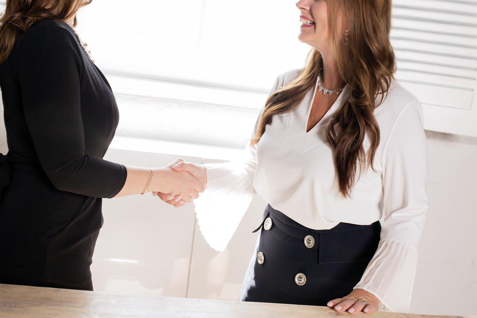 Ktorý outfit má na pracovných pohovoroch najväčší úspech?
